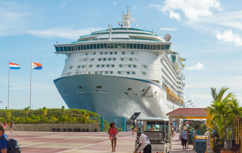Caribbean Rum Cruise - A modern cruise ship is the ideal resort for an Eastern Caribbean rum adventure.